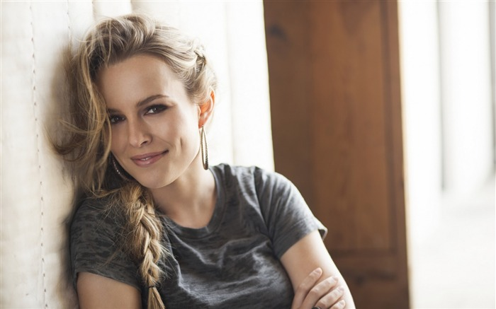 Bridgit Claire Mendler beauty girl HD desktop wallpaper 05 Views:3081