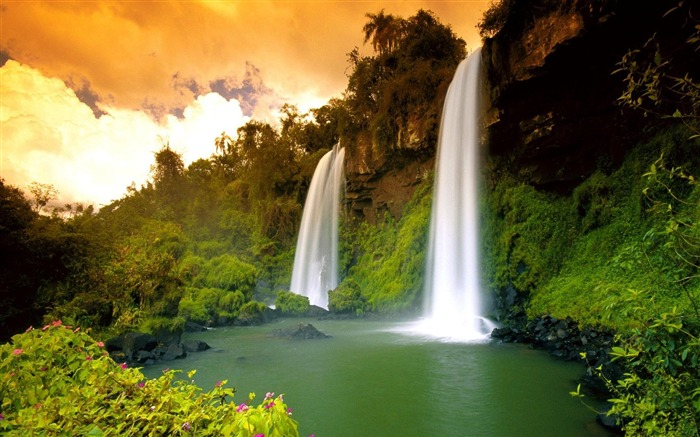 Spectacular waterfalls widescreen desktop wallpaper 04 Views:3627