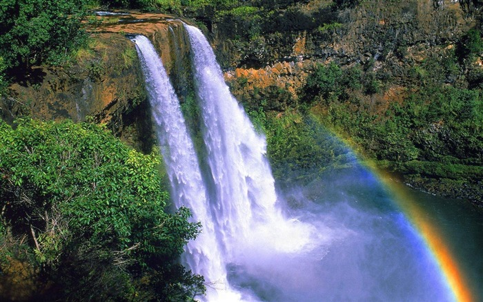 Spectacular waterfalls widescreen desktop wallpaper 11 Views:4213