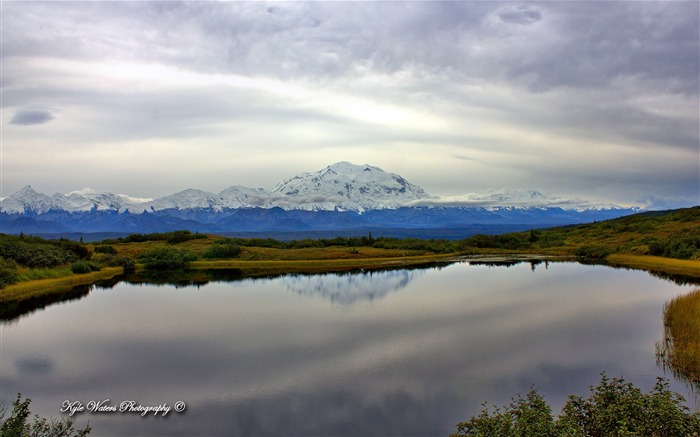 Beautiful Alaska natural scenery desktop wallpaper 09 Views:4762 Date:5/6/2013 10:33:10 PM