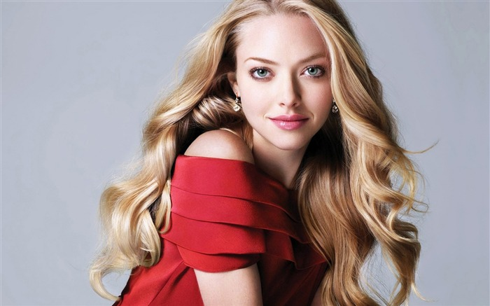 Amanda Seyfried-beauty photo HD wallpaper Views:7350 Date:6/6/2013 9:41:06 PM
