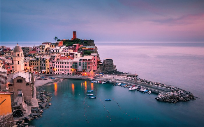 Italie Ligurie Vernazza-city photography HD Wallpaper Views:5997