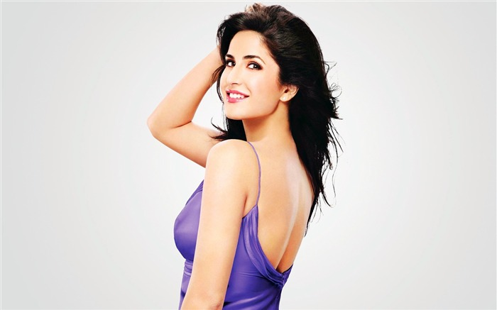 Katrina Kaif-beauty photo HD wallpaper Views:11378 Date:6/6/2013 10:01:02 PM