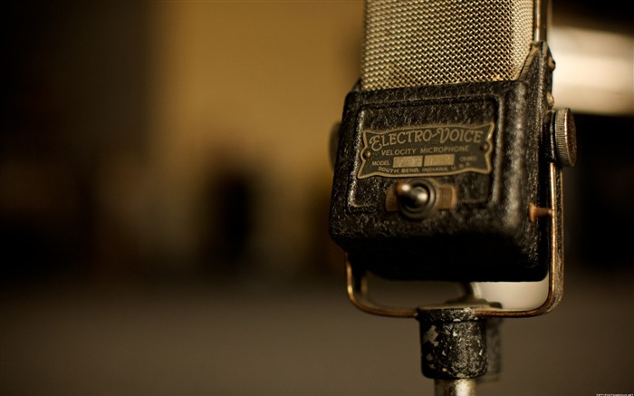 Old Microphone-Life photography HD wallpaper Views:4429 Date:6/15/2013 12:21:37 AM