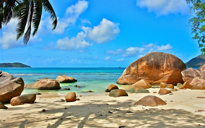 Travel Destinations-Seychelles island scenery HD wallpaper Views:4370 Date:6/17/2013 11:53:06 PM