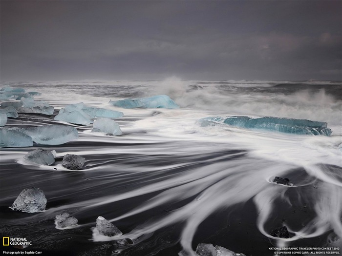 Waves Iceland-National Geographic wallpaper Views:6349