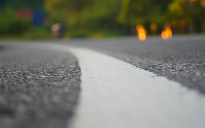romanian road-Macro photography wallpaper Views:5517 Date:6/24/2013 9:48:58 PM