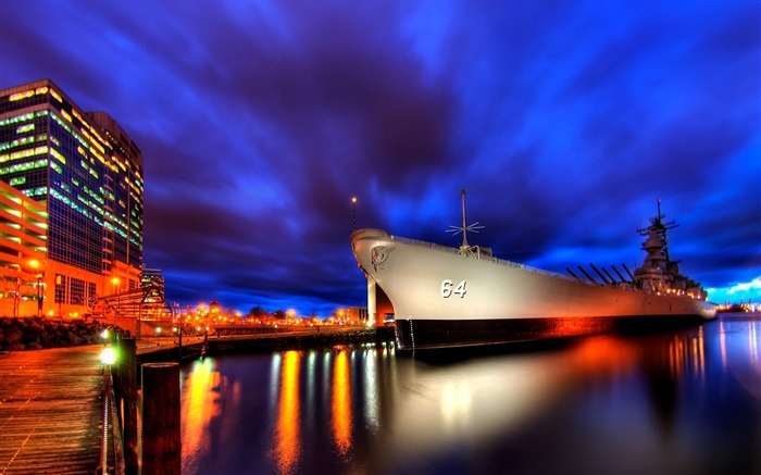 ship night light sky city-Photography HD wallpaper Views:5468 Date:6/20/2013 10:14:23 PM