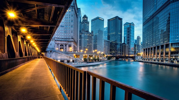 chicago illinois-Cities HD Widescreen Wallpaper Views:4646 Date:7/14/2013 10:58:43 PM
