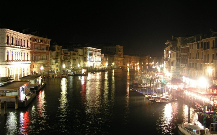 venice italy night-Cities HD Widescreen Wallpaper Views:4100 Date:7/14/2013 11:10:59 PM
