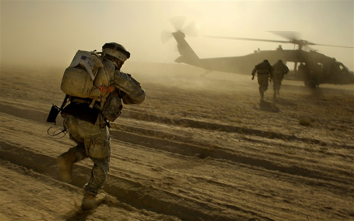 2013 Modern Military Theme HD Wallpaper 05 Views:4459