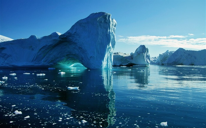 big blue icebergs-landscape HD Wallpaper Views:3896
