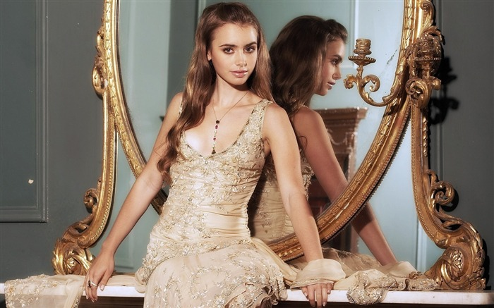 Lily Collins beauty photo HD wallpaper 04 Views:5186 Date:9/15/2013 12:53:51 PM