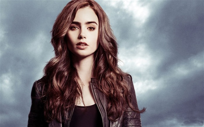 Lily Collins beauty photo HD wallpaper 15 Views:6861 Date:9/15/2013 12:59:03 PM
