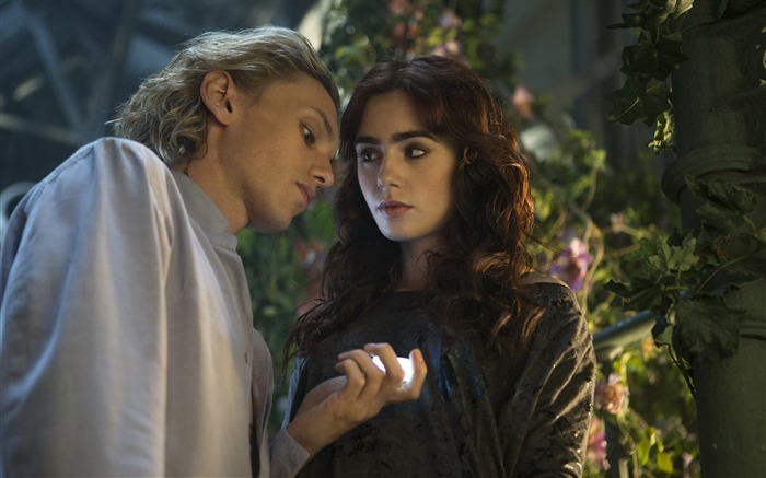 The Mortal Instruments City of Bones Movie HD Wallpaper 15 Views:4350 Date:9/21/2013 11:56:04 PM