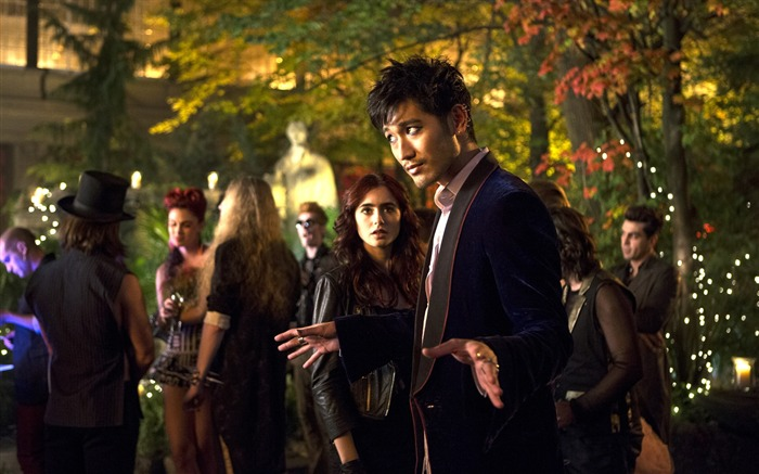 The Mortal Instruments City of Bones Movie HD Wallpaper 22 Views:4449 Date:9/21/2013 11:59:40 PM