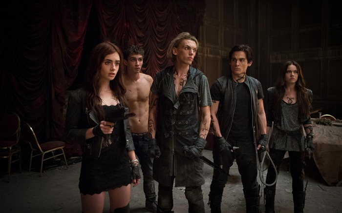 The Mortal Instruments City of Bones Movie HD Wallpaper 24 Views:3823 Date:9/22/2013 12:00:41 AM