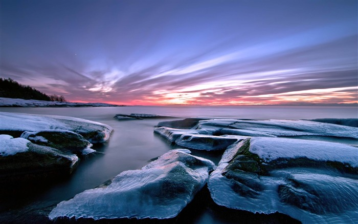 frozen rocks-ocean Landscape wallpaper Views:4360