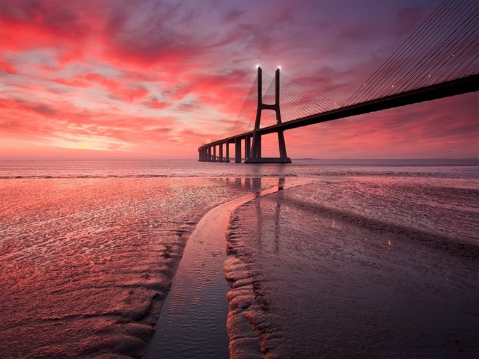 red sunset bridge-Nature HD wallpaper Views:6750 Date:9/7/2013 3:45:00 PM