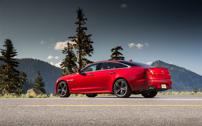 2014 Jaguar XJR Long Wheelbase Car HD Wallpaper 07 Views:3961 Date:10/2/2013 2:17:45 AM