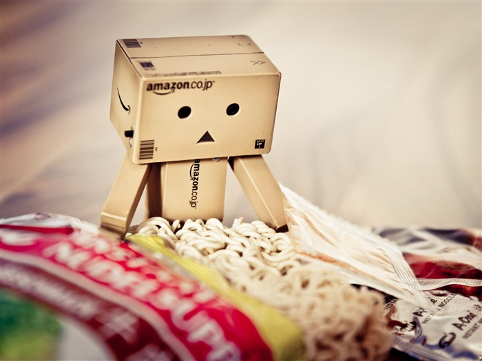 Eat instant noodles-Danbo Photography Wallpaper Views:2642