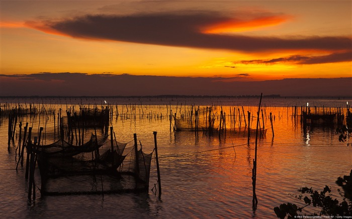 Koh Yo Sunset Thailand-Windows Nature Wallpaper Views:4480