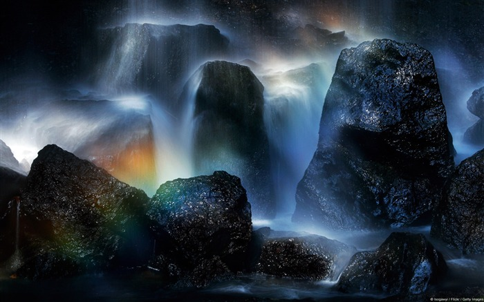 Li Kanazawa Rainbow over waterfall-Windows Nature Wallpaper Views:4493