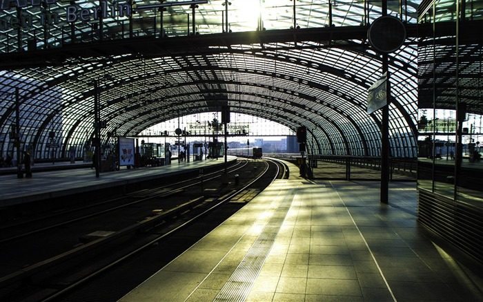 city berlin station railway-cities HD Wallpaper Views:4282