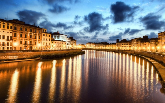 pisa italy river-cities HD Wallpaper Views:3670