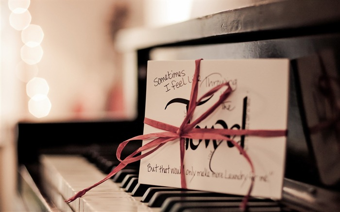 piano letter macro-Music HD Wallpaper Views:3099