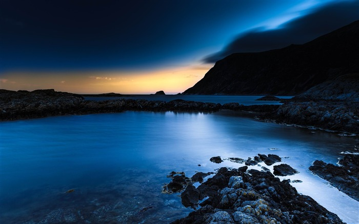 sea rocks sky night-Nature HD Wallpapers Views:7942 Date:11/14/2013 9:25:38 AM