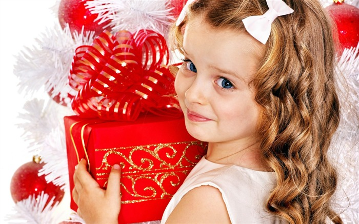 Cute kids Merry Christmas Holiday Wallpaper 06 Views:3368