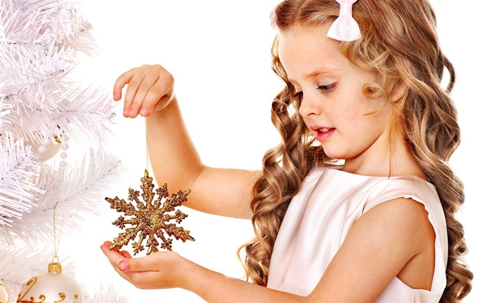 Cute kids Merry Christmas Holiday Wallpaper 14 Views:3753