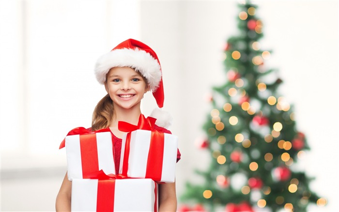 merry christmas tree little girl-Holidays wallpaper Views:4193