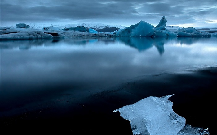 ocean coast cold ice gloomy-Pictures HD Wallpaper Views:2698