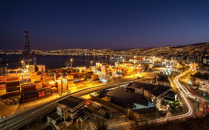 valparaiso noche-HD photography wallpapers Views:4243 Date:1/11/2014 11:14:34 PM