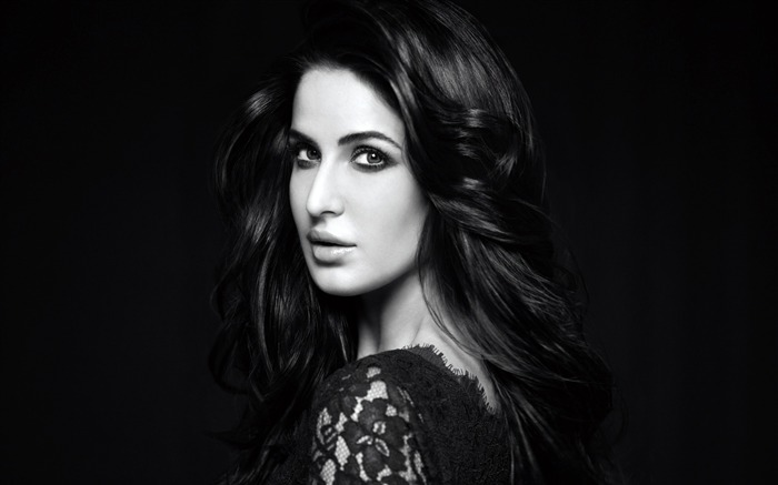 Katrina Kaif-girls photo Wallpapers Views:3541
