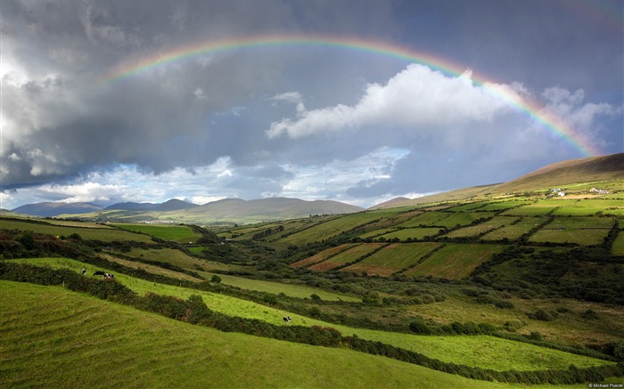 Rainbow on the Dingle Peninsula-Windows Photo Wallpaper Views:2972