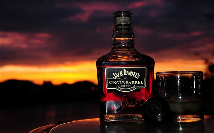 jack daniels whiskey-Brand Desktop Wallpaper Views:3196