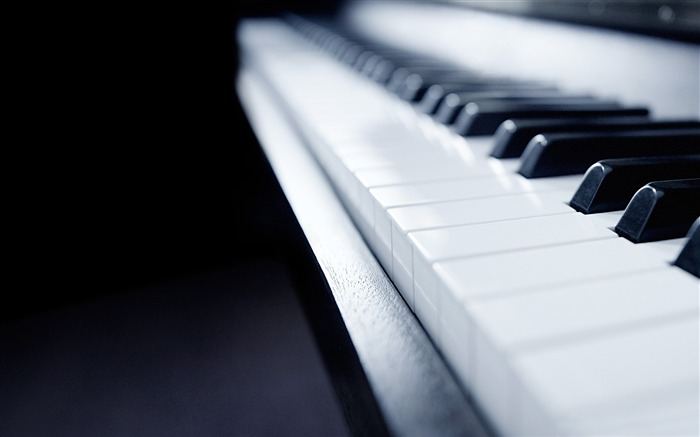 windows 8 piano-Brand Desktop Wallpaper Views:2336