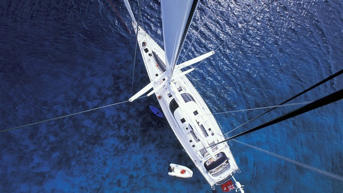 yacht from above-Photography Desktop Wallpapers Views:1603