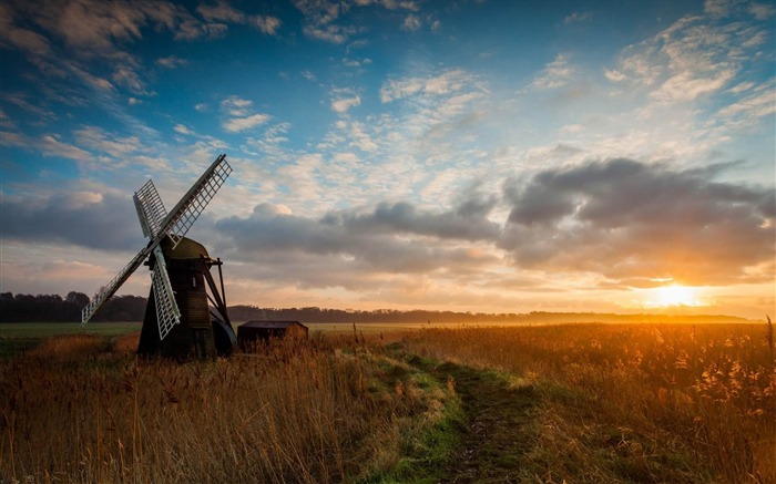 old windmill-Scenery HD Wallpaper Views:6033 Date:5/28/2014 7:51:51 AM