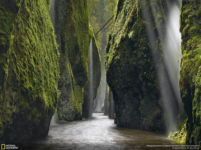 Allure Canyon Falls-National Geographic Wallpaper Views:3437