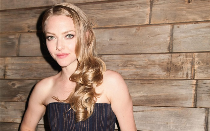 Amanda Seyfried-photo HD wallpapers Views:3563