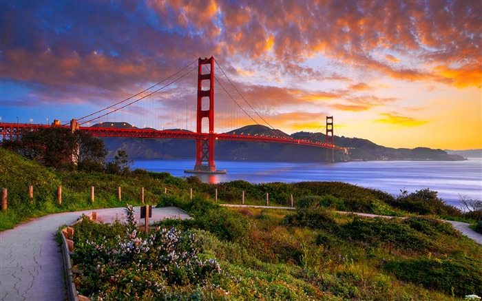 San Francisco Golden Gate Bridge Wallpaper 04 Views:3200