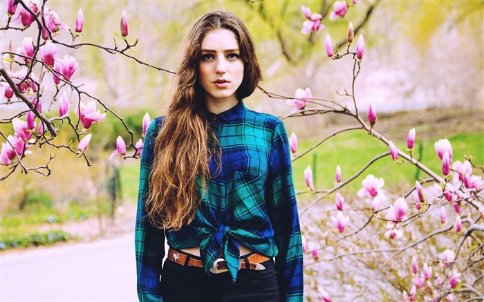 birdy british singer-photo HD wallpapers Views:3646