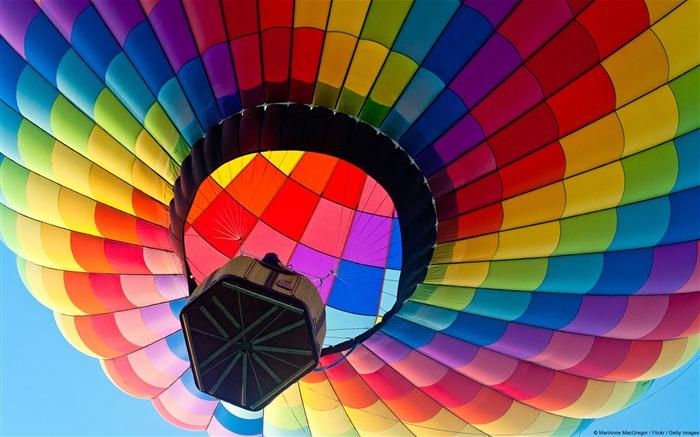 Colorful Hot Air Balloon Windows 8 Theme Wallpaper Views5103 Date2014