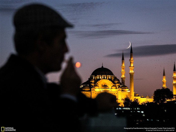 Istanbul Turkey-National Geographic Wallpaper Views:5221 Date:7/22/2014 8:43:03 AM