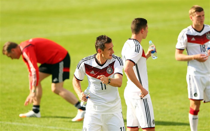 Klose-World Cup 2014 Final Germany HD Wallpaper Views:4796 Date:7/12/2014 9:16:10 AM