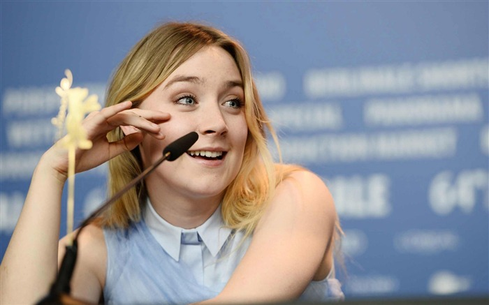Saoirse Ronan-Photo background wallpaper Views:4887 Date:7/16/2014 7:26:03 AM
